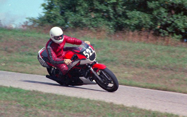 Tolhurst on the workhorse Yamaha RZ350 – Rider Files